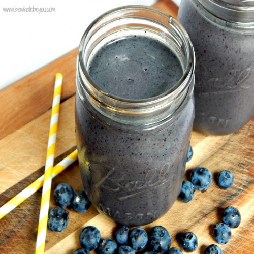 Blueberry inflammatory fighting smoothie