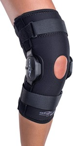 DonJoy Deluxe Knee Brace